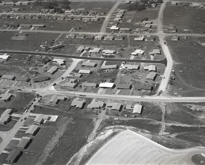 Остин, Техас: кластер из 20 домов был построен в 1950-х годах, чтобы проверить новую идею домашнего кондиционирования воздуха