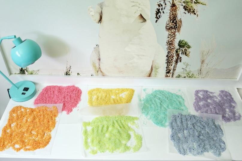 За 5 минут сделал детям разноцветный, радужный рис: цвета получаются яркими и сочными