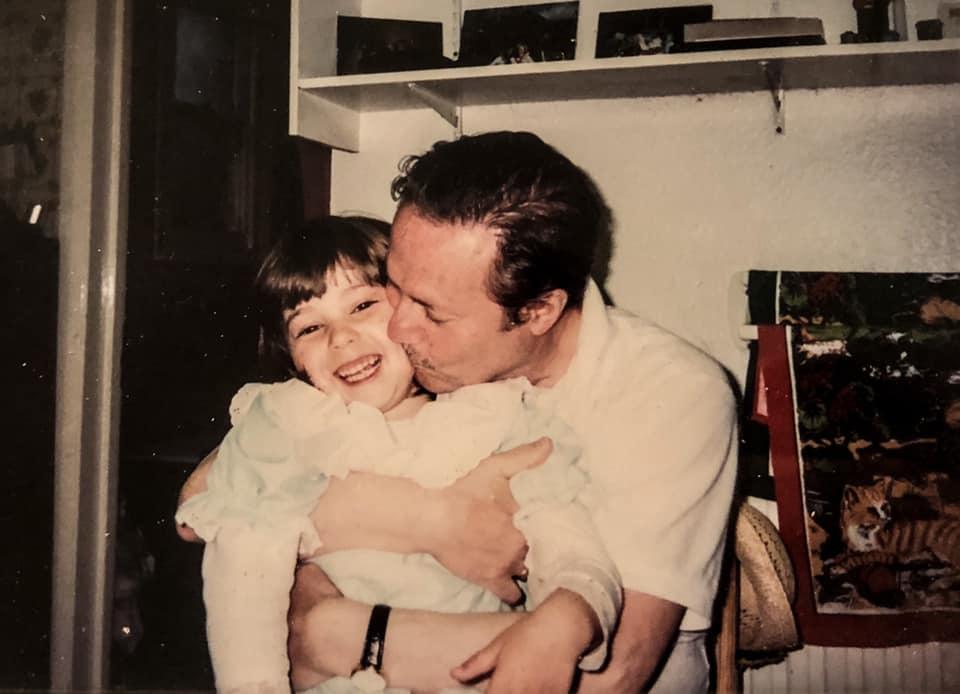 Для нее Юрий Соломин не легендарный артист, а любимый дедушка. Какой выросла внучка (фото)