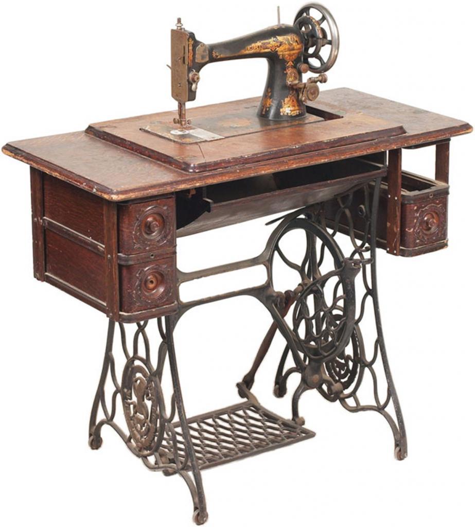 Мы сделали очень красивое садовое кресло из старой швейной машины: инструкция