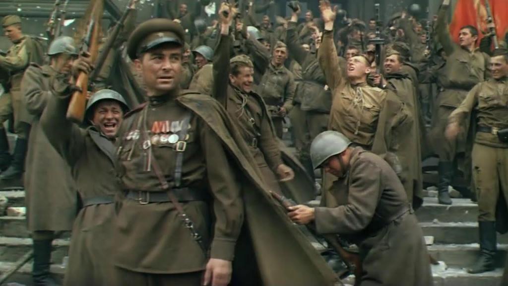 """""""Первый"""" показал зрителям полностью отреставрированную киноэпопею """"Освобождение"""": почему стоит посмотреть этот несправедливо забытый военный фильм"""