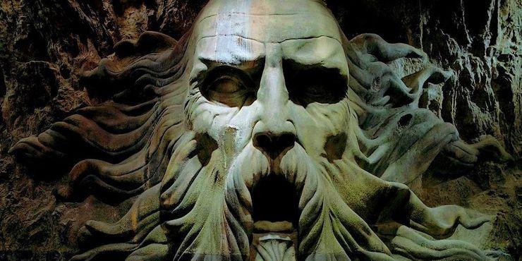 """Слизерин - лучший факультет в """"Гарри Поттере"""" - или нет? Фанаты культового произведения приводят по 5 аргументов в пользу каждого из двух мнений"""