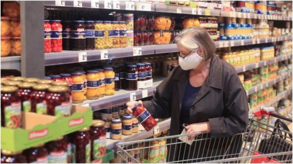 Чтобы жить, как прежде, маски необходимы: как объясняют ношение масок немецкие вирусологи