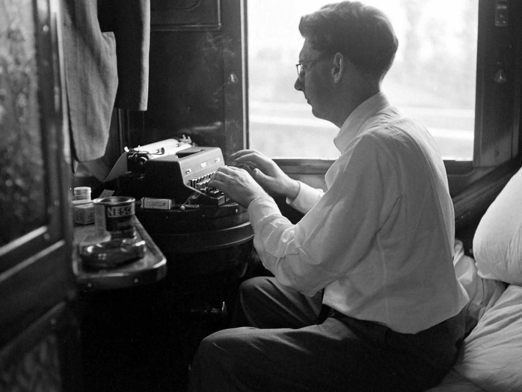 Всегда любила путешествовать на поезде. Нашла кадры начала прошлого века. Многое изменилось
