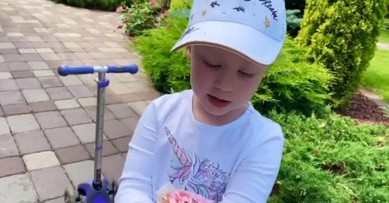 Настоящий ангел: Игорь Николаев похвастался своей 4-летней дочерью, которая поет его песни