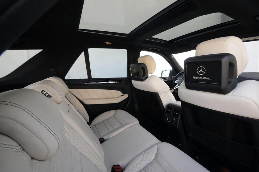 Компании придется ответить: владельцы Mercedes требуют 200 миллионов долларов за лопающиеся панорамные стекла
