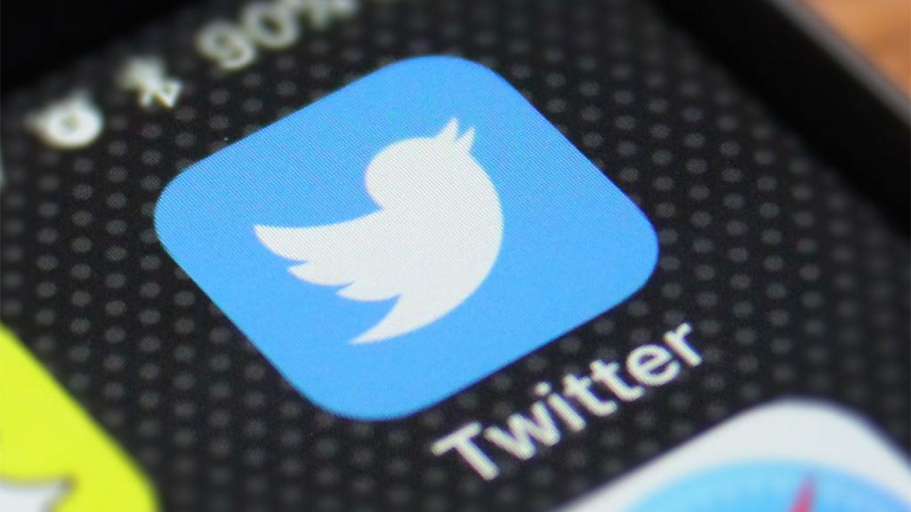 """В """"Твиттере"""" больше не будет """"черного списка"""": так социальная сеть решила поддержать борьбу с расизмом"""