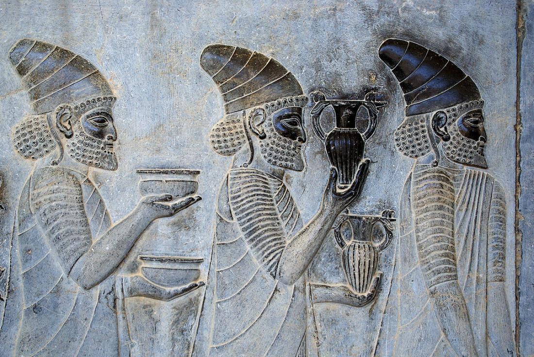 Топ-10 древних видов алкоголя (8 фото)