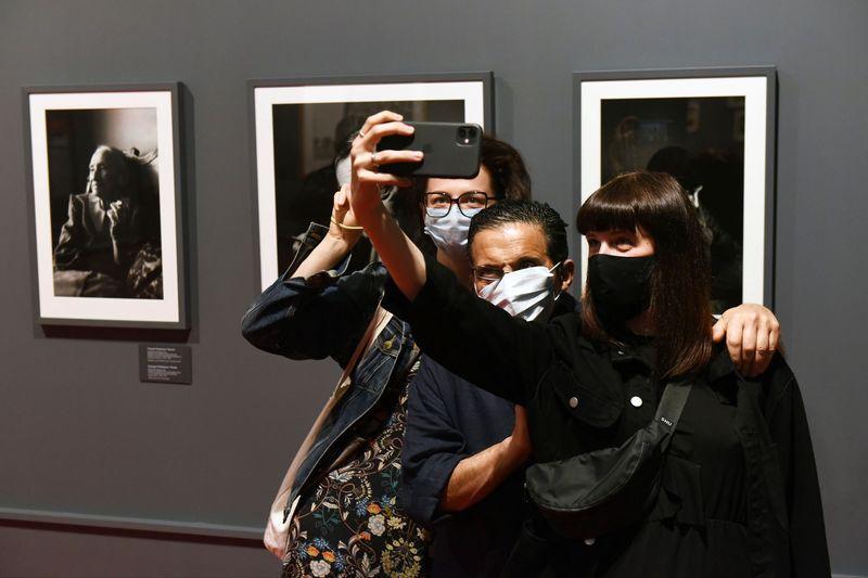 торты как делать экспозиции фото сегодняшний день