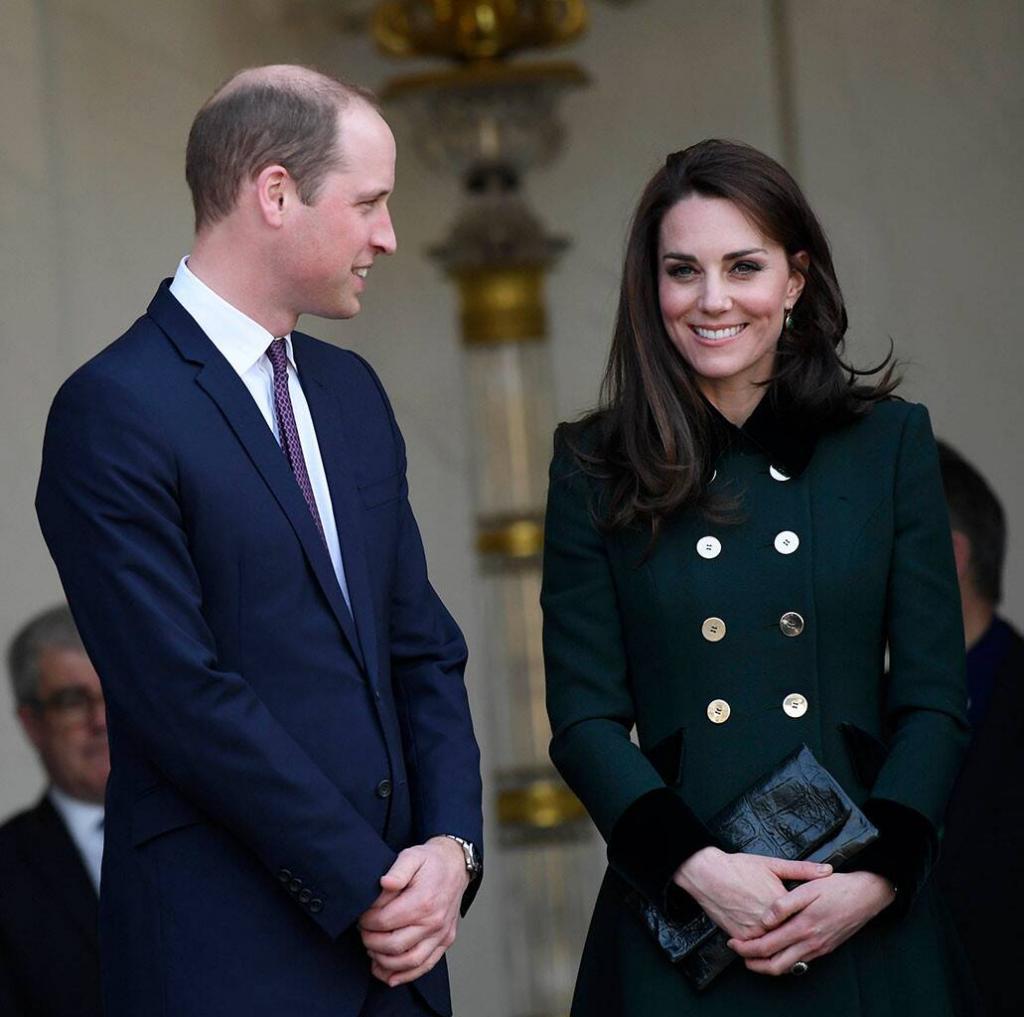 """Королевская семья меняет структуру: """"отход"""" Елизаветы от общественной жизни, переезд Гарри и Меган, личная жизнь принца Эндрю – не это ли быстрый способ восшествия на престол для Уильяма?"""