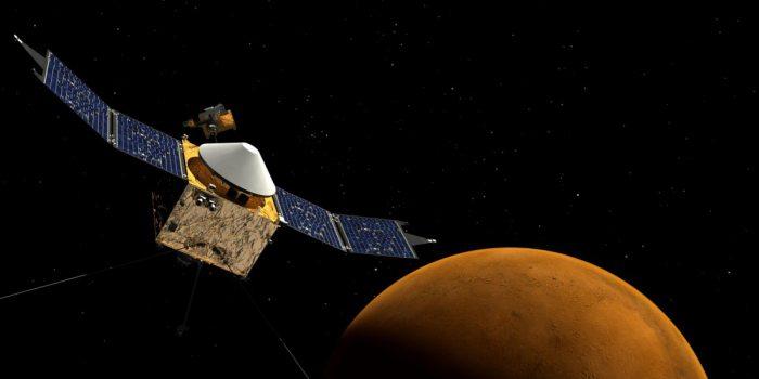 Солнечный ветер преобразовал Марс в прохладную и сухую плане…