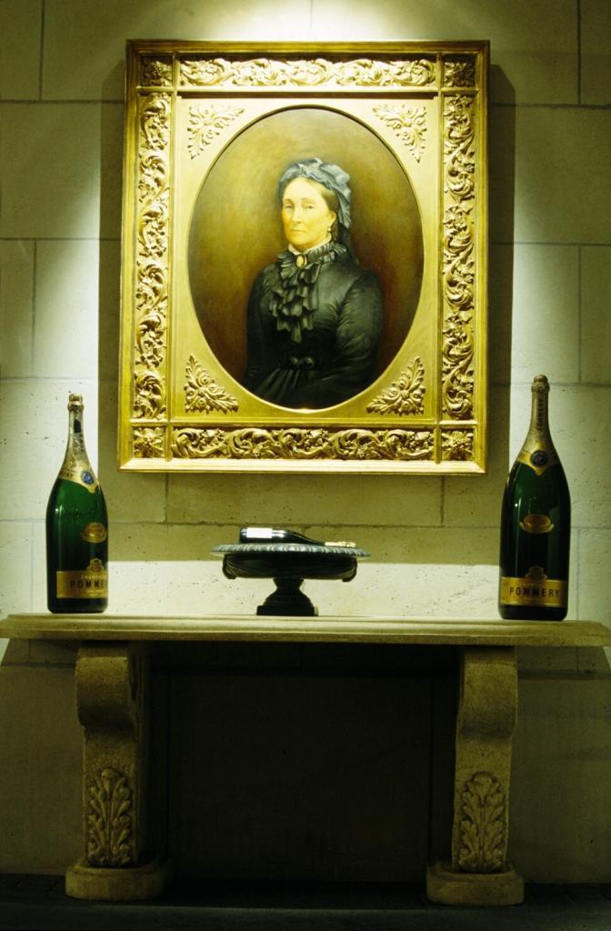 Пора забыть про белужью икру, фуа-гра и копченый лосось: французский эксперт доказал, что с шампанским лучше всего сочетается обычная редиска