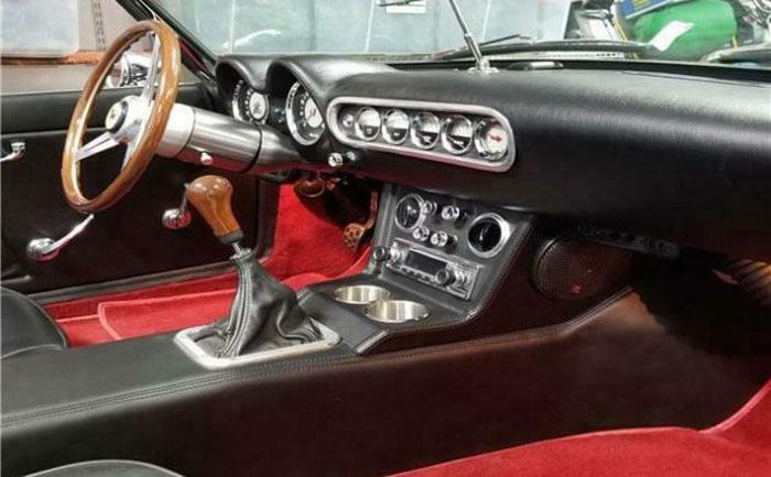 Реплика Ferrari 1961 года: уровень детализации фантастической «подделки» заслуживает пристального внимания даже экспертов