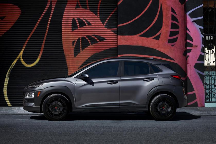 Всего 3000 экземпляров: Hyundai представляет новый лимитированный выпуск Kona Night Edition