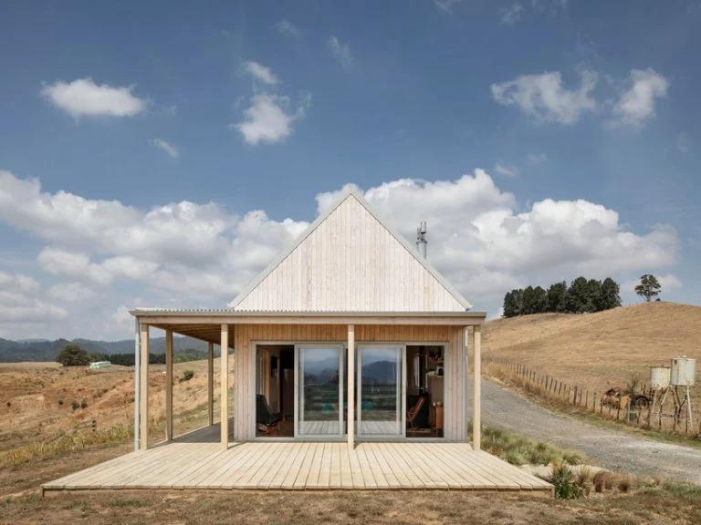 Архитектурная фирма собрала просторный жилой дом в Новой Зеландии всего за 4 дня: работники избегали расточительных и трудных строительных процессов (фото)
