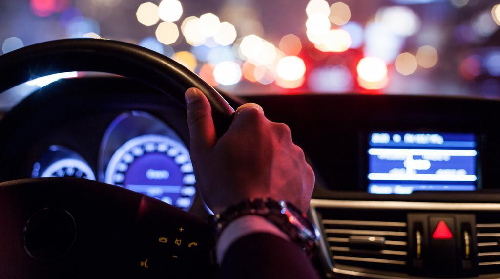 """""""Говорить о массовом применении рано"""": в российских автомобилях скоро появятся алкозамки"""