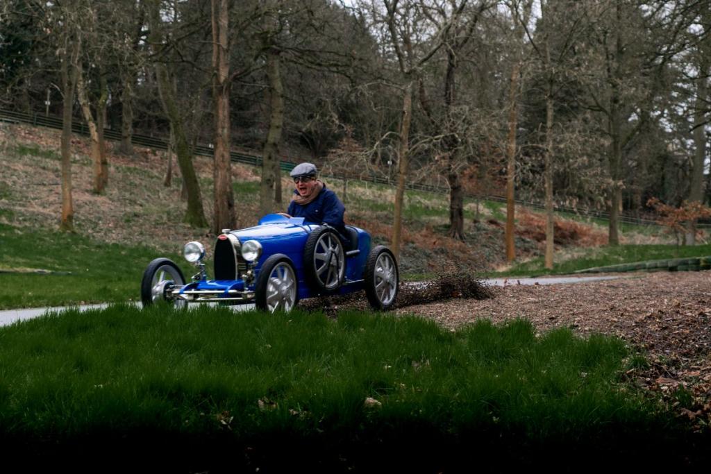 """Bugatti для детей: ограниченным тиражом была выпущена самая дешевая модель """"Бугатти"""", которая стоит дороже большинства """"взрослых"""" автомобилей"""