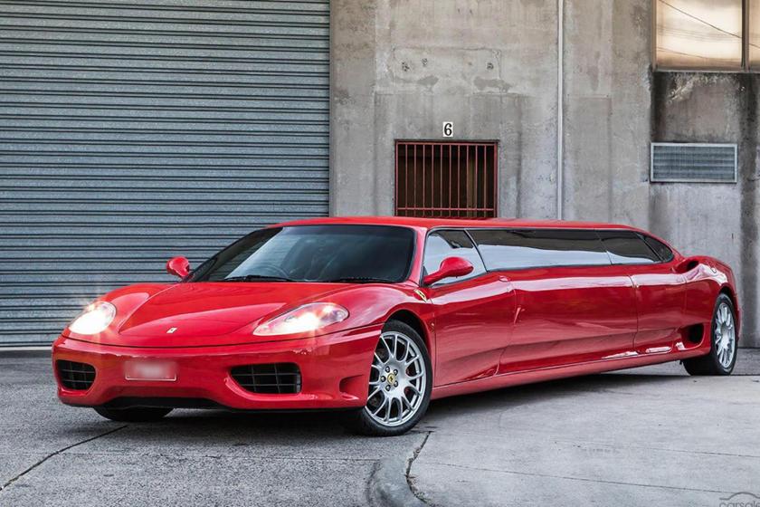 Роскошное перевоплощение: Ferrari 360 Modena превратили в лимузин для вечеринок