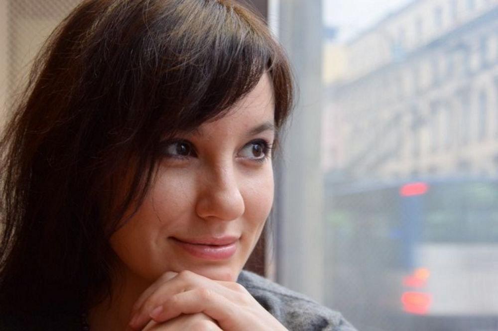 Прекрасна и в 20, и в 39: Елена Миро показала свое фото без макияжа и фильтров