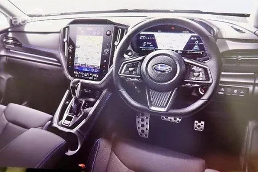 Полностью цифровая комбинация приборов: в Интернет просочились снимки салона новых моделей Subaru