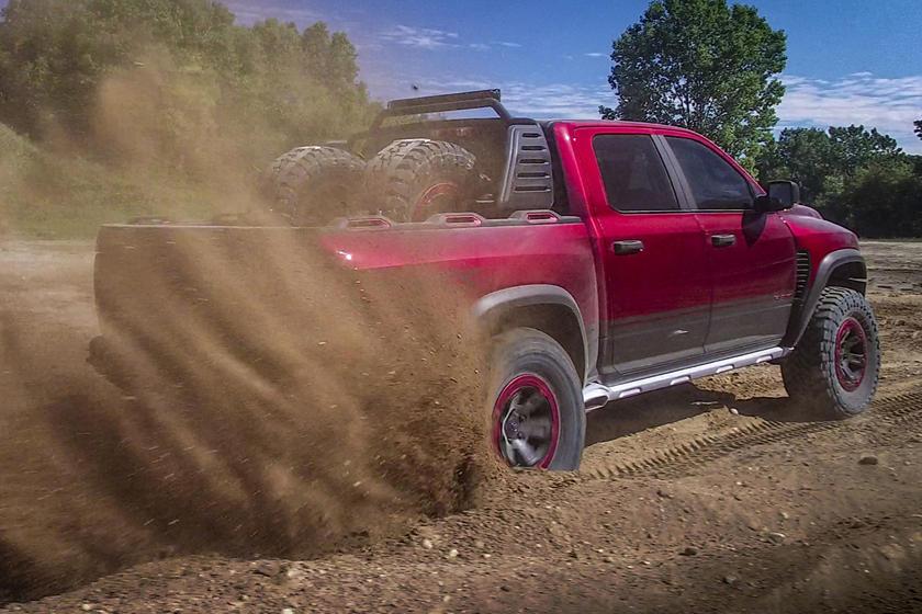 Fiat Chrysler Automobiles сделал объявление: серийная версия Ram 1500 TRX с двигателем Hellcat дебютирует онлайн 17 августа
