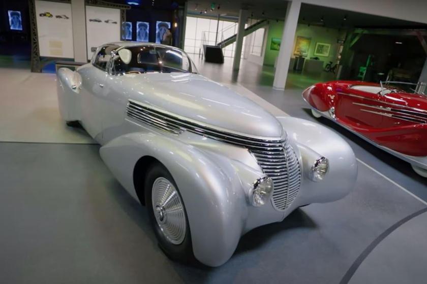 Красавец в стиле арт-деко и наполовину самолет: Hispano-Suiza H6B Xenia оснастили авиадвигателем