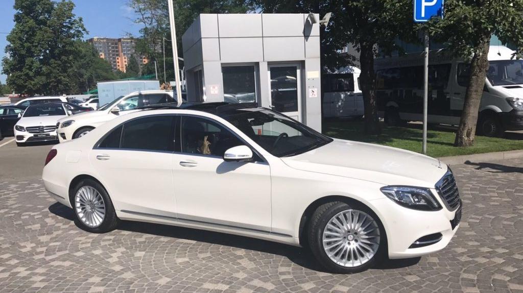 В Волгограде белый, а в Челябинске - серебристый: самые популярные цвета авто в регионах России на сегодняшний день