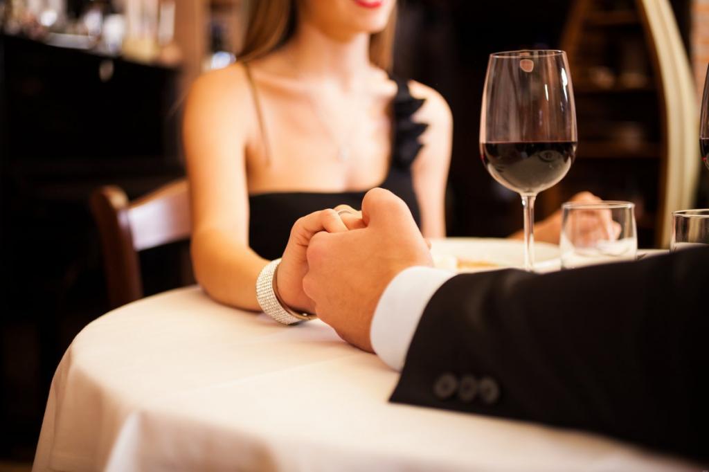 Дорогая встреча: аферистки с сайта знакомств обманывали посетителей в кафе. Опыт и комментарии юриста