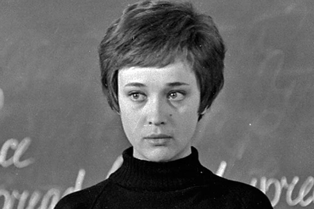 Ровесница Победы: к 75-летию заслуженной артистки Ирины Печерниковой вспоминаем ее самые интересные роли