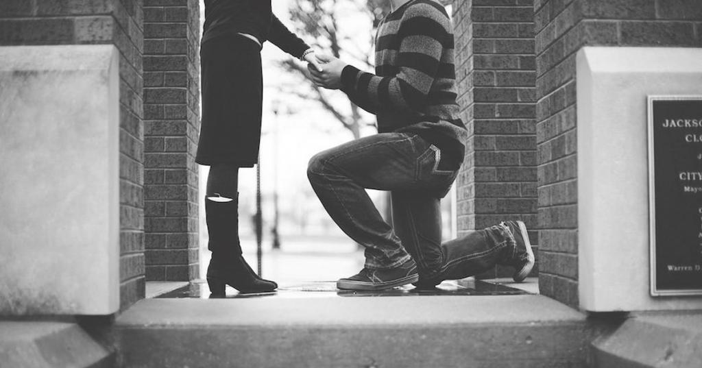 """""""Раньше я была уверена, что не хочу выходить замуж, но одна встреча после переезда изменила мое отношение к браку"""": история моей знакомой"""