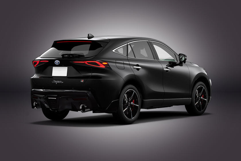 Симбиоз двух внедорожников Toyota: KDesign AG разработал цифровую визуализацию того, как будет выглядеть новое авто