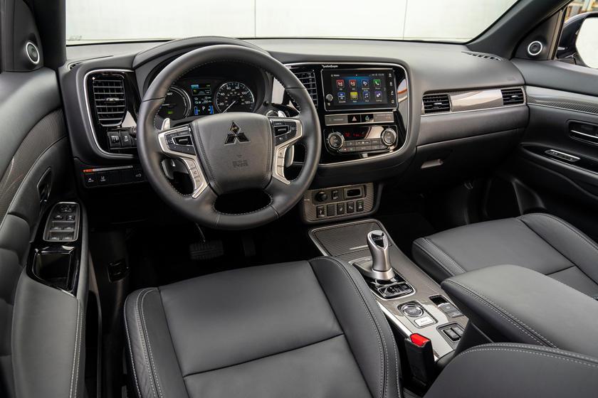 Впервые в мире электрокары выведут на ралли: гибридный Mitsubishi Outlander превратили в ралли-кар
