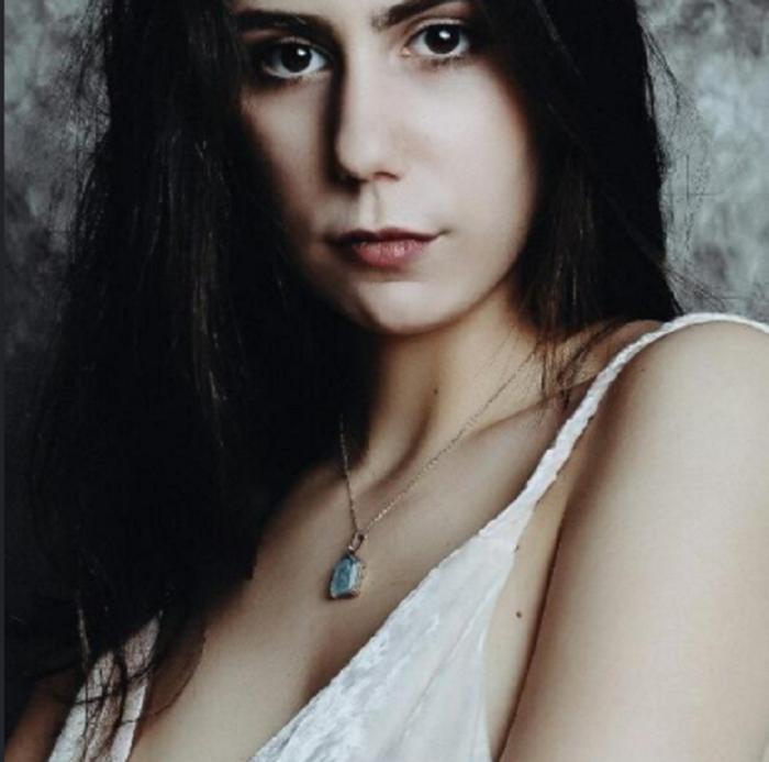 """У актрисы Ольги Тумайкиной из т/с """"В созвездии Стрельца"""" есть 2 красавицы дочери: старшая пошла по ее стопам: фото"""