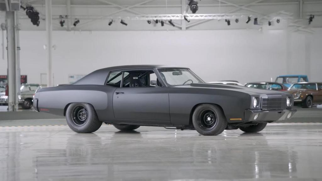 Chevrolet Monte Carlo: менеджер General Motors купила эту машину, учась в колледже, но и сейчас она поражает своей красотой и мощью