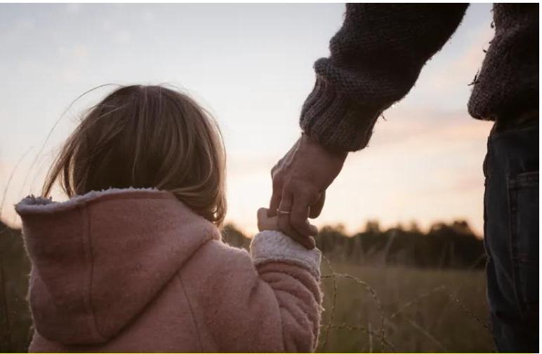 """Мирно выходить из конфликта,встать на место другого человека, фокусироваться на """"мы"""" и сопереживать:7 привычек детей с высоким эмоциональным интеллектом"""