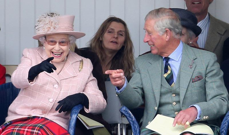 А вы сегодня улыбнулись? Подборка снимков, на которых королевские особы смеются вместе со своими детьми
