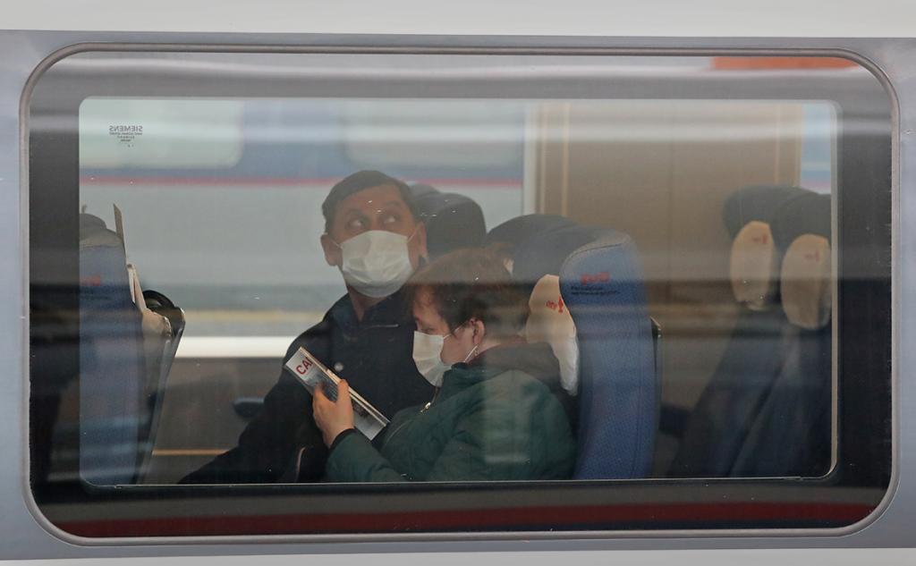 """""""Практически все места выкупаются"""": РЖД возобновили движение 80 % поездов"""