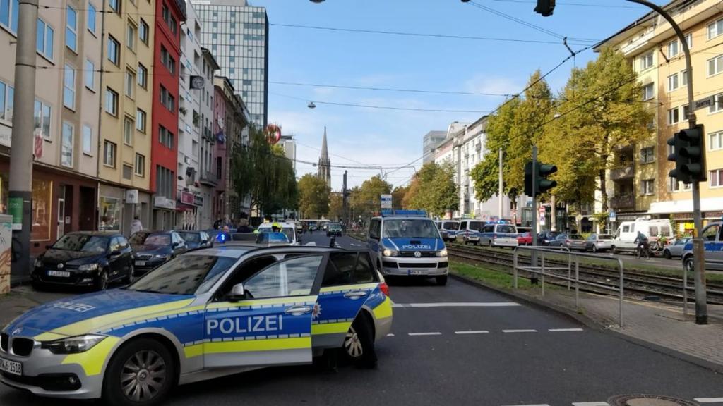 Германия: полиция прибыла на место предполагаемой стрельбы, но когда выяснили причину, «стрелка» отпустили