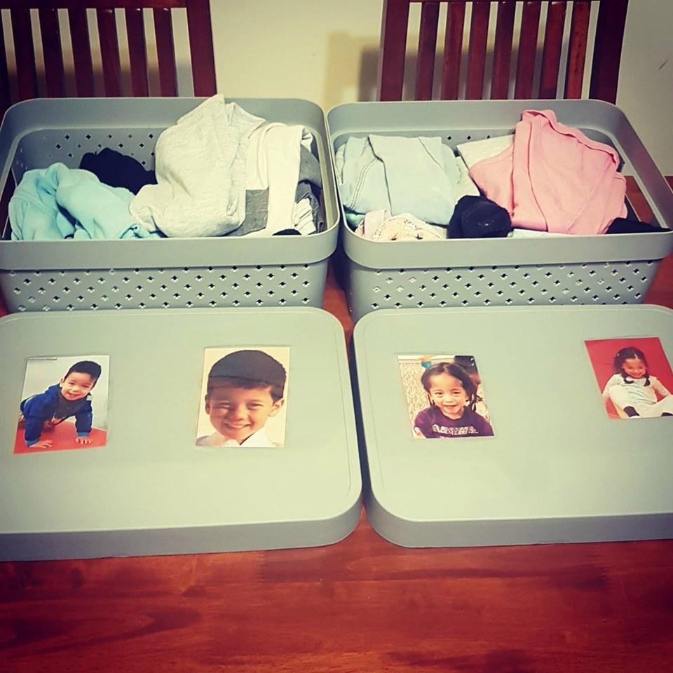 Опытные мамы поделились лайфхаками, как собрать утром ребенка в школу без суматохи (разноцветные шнурки, пластиковые ящики и др.)