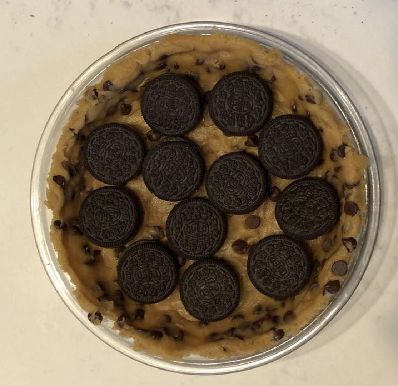 """Фантазия сладкоежки: готовим пирог с шоколадом и печеньем """"Орео"""""""