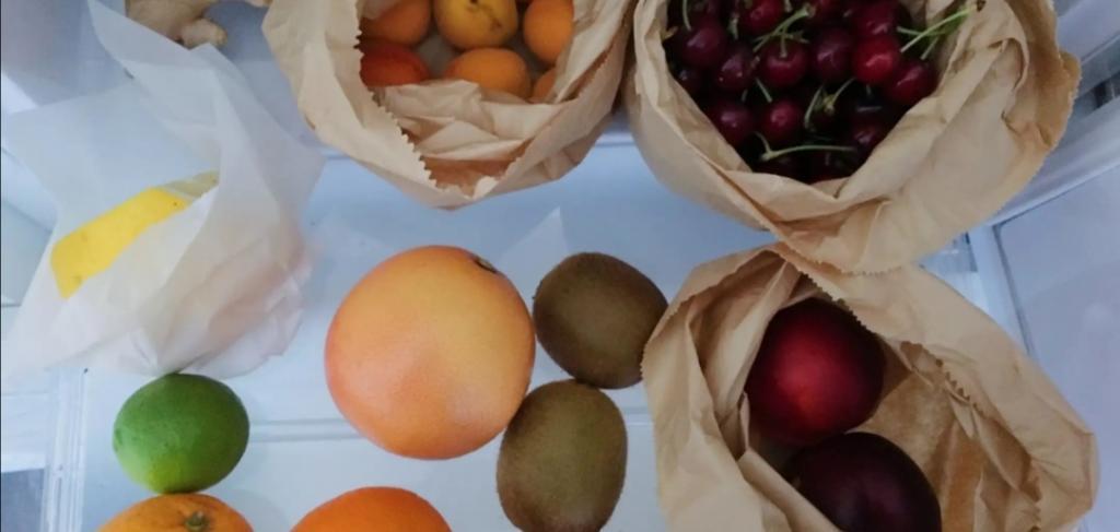 """""""Ускоряю природу"""": чтобы фрукты созревали быстрее, пользуюсь лайфхаками с рисом и бумажными пакетами"""