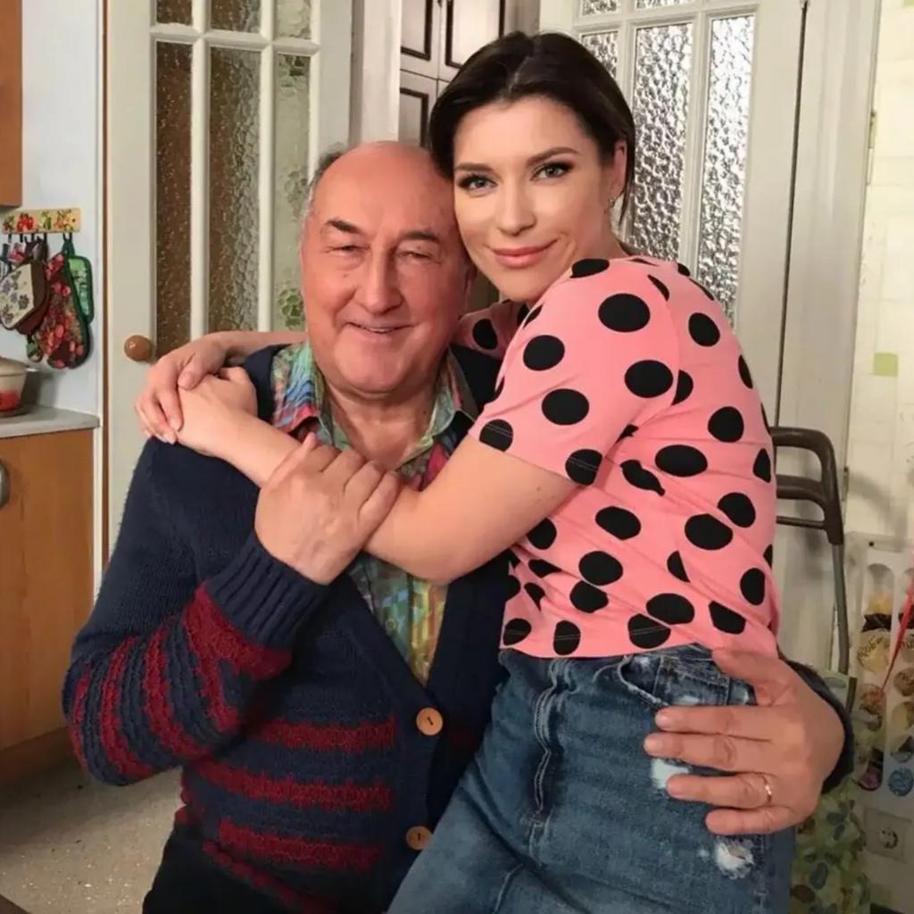 Его все называли папой: Екатерина Волкова посвятила Борису Клюеву трогательные строчки