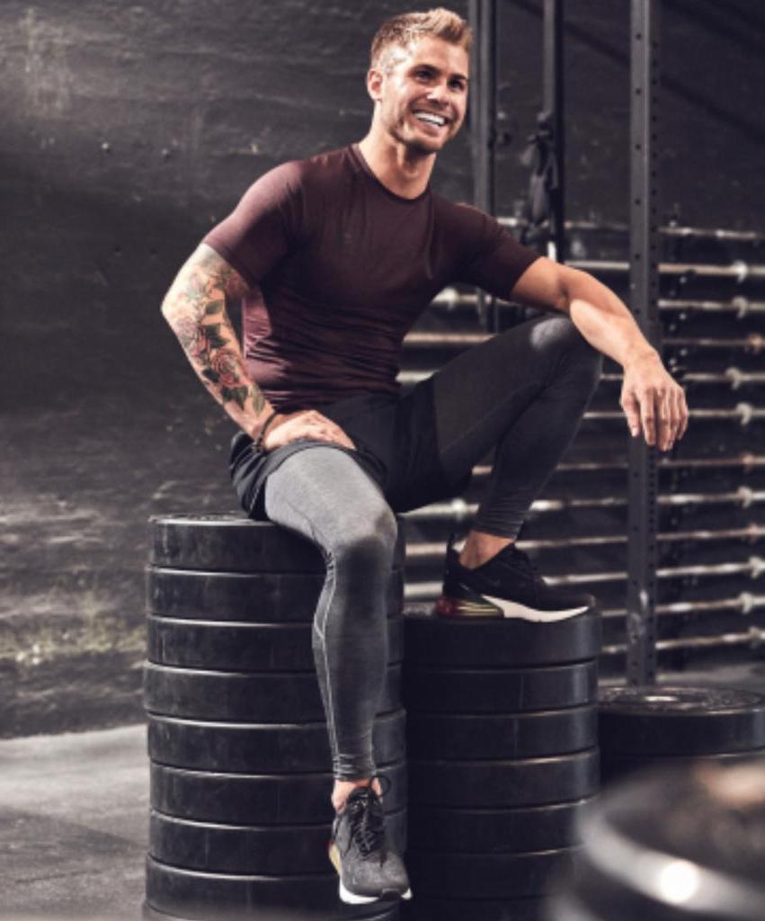 Простые варианты тренировок для красивого тела от фитнес-инструкторов: каждая займет всего пять минут