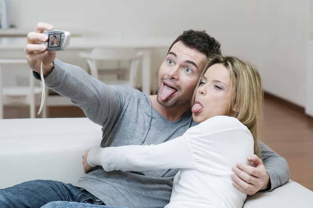 Мало романтики и душевных разговоров на общие темы: почему отношения в браке стали скучными и как это исправить