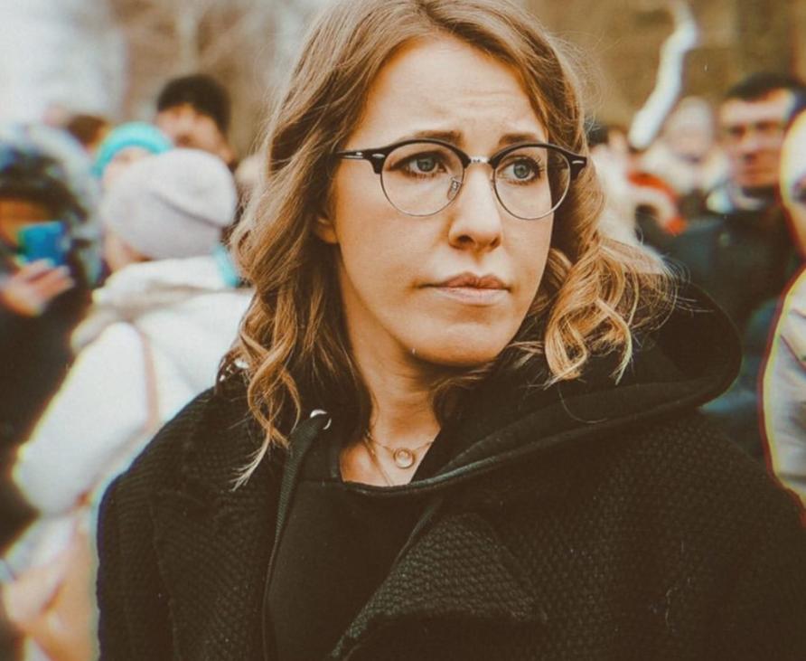 Ксения Собчак дала интервью Агате Муцениеце: по словам актрисы, эпатажная телеведущая вовсе не такая, какой ее видит публика