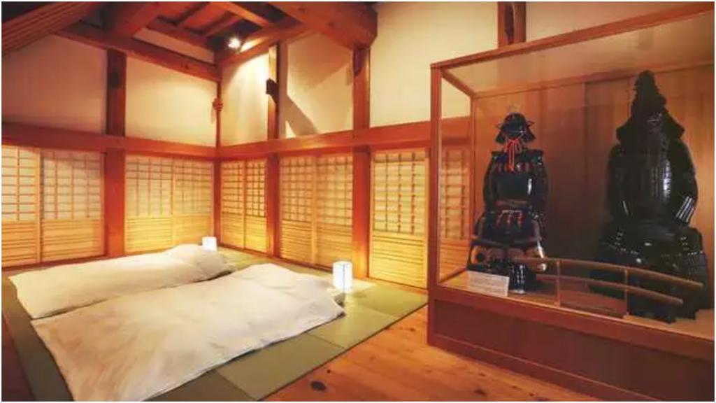 Появилась возможность пожить, как настоящий самурай, заплатив 9400 $ за ночь: Япония открыла первый отель-замок