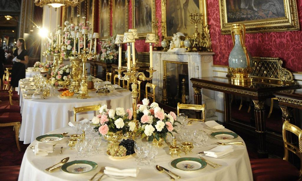 Рецепт блинов из Букингемского дворца раскрыли в 2013: все дело в винном камне?