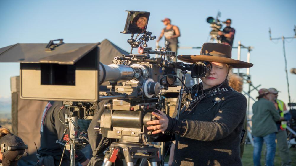 """Вдохновение искали в Китае, а поля сражений снимали в Новой Зеландии: создатели долгожданного """"Мулан"""" рассказали, как готовились эпические батальные сцены из фильма"""