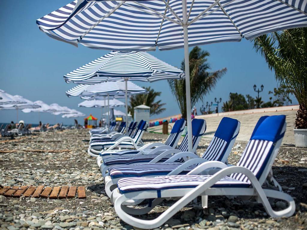 Краснодарский край и Крым в лидерах: сколько отдыхающие в среднем тратили на курортах России