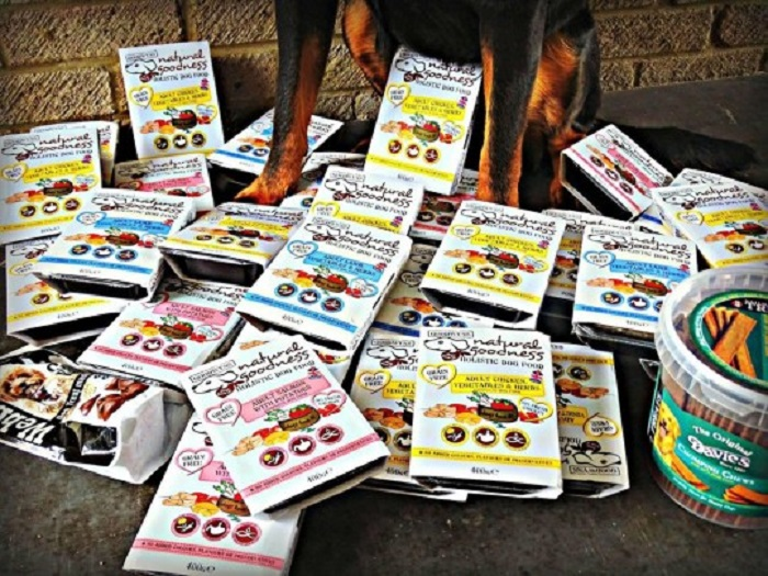 Девушка каждый день принимает участие минимум в 100 розыгрышах: подарков набралось уже на 20 тыс. фунтов (2 млн руб)